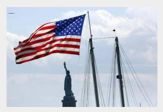 美国国旗为何是红白蓝三色?
